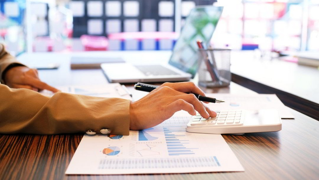 Tax considerations in relation to the new accounting standards IFRS 9, IFRS 15 and IFRS 16
